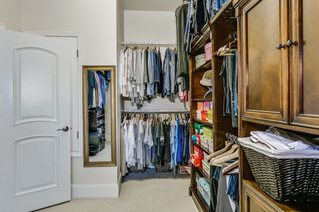 Large Tampa Bay Home Closet Floridas Best Movers